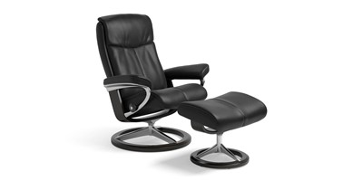 2 Recliner Chairs
