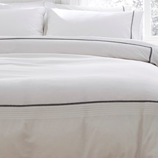 Bianca Pom Pom Duvet Set - White Grey