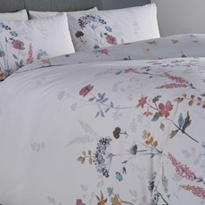 Appletree Meadow Lands Duvet Set