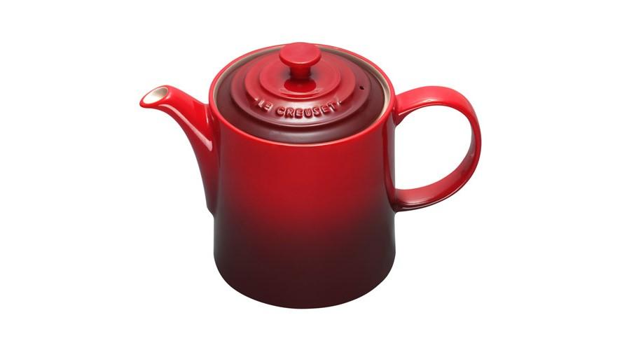 Le Creuset Grand Teapot - Cerise