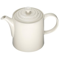 Le Creuset Grand Teapot - Almond