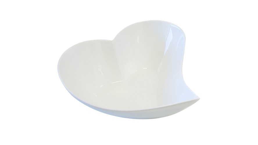 Maxwell & Williams White Basics Heart Bowl - 21cm