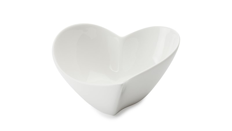 Maxwell & Williams White Basics Heart Bowl - 14cm