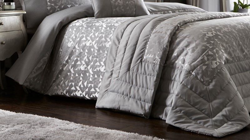 Lucien Quilted Throw - Silver