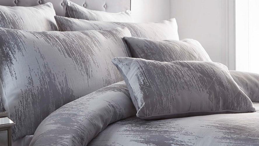 Quartz Square Cushion - Silver