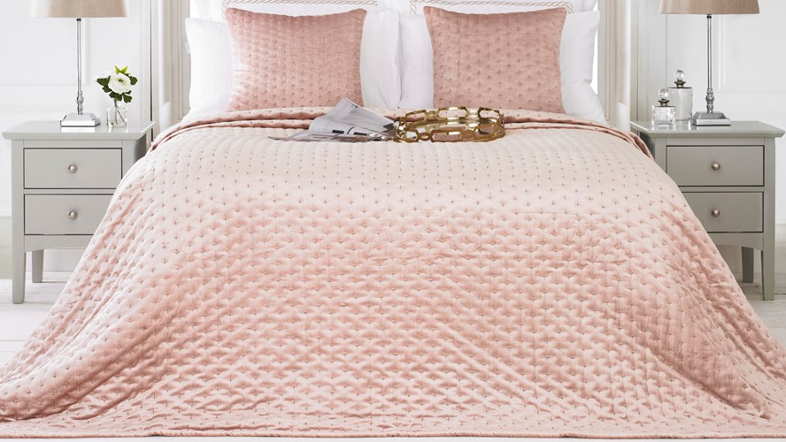 Moonlight Bedspread - Blush