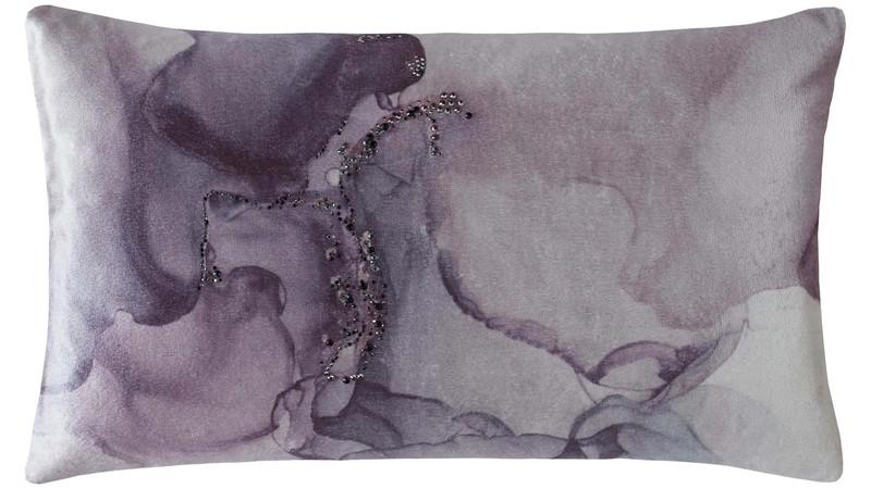 Rita Ora Levanta Cushion