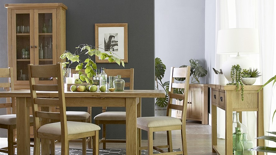 Ashbourne 125cm Extending Table & 4 Ladder Back Chairs