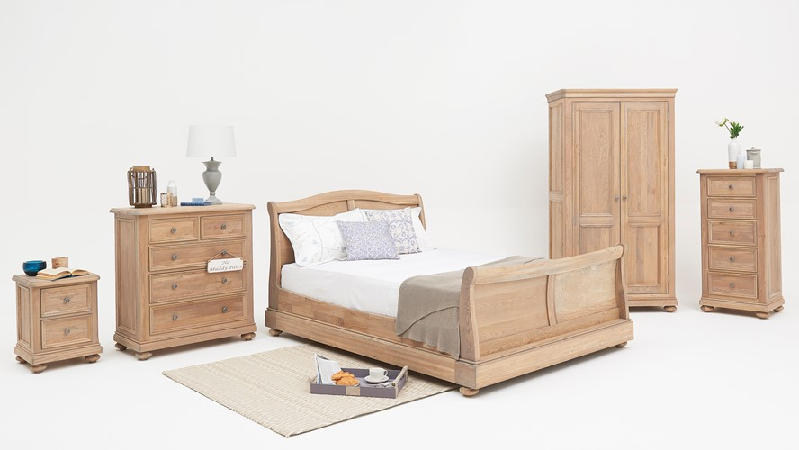 Auxerre Sleigh Bedframe