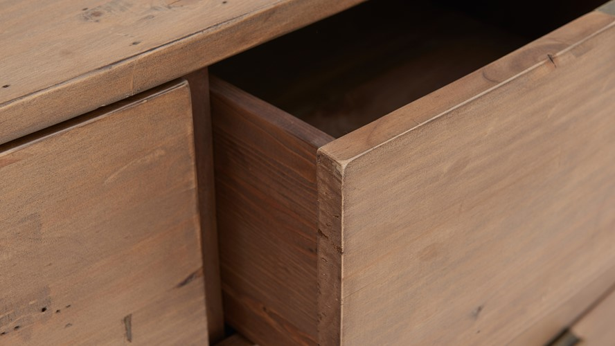 Lexington 8 Drawer Wide Chest