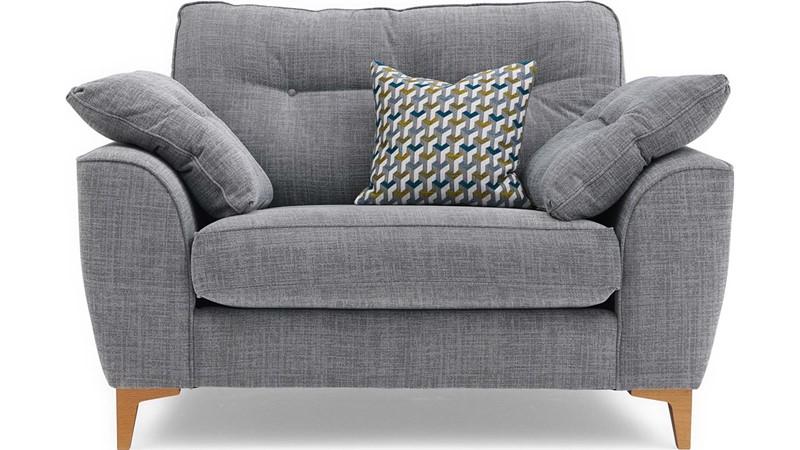 Buckland Snuggler Chair
