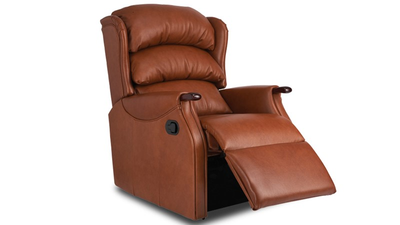 Celebrity Westbury Leather Standard Recliner Chair