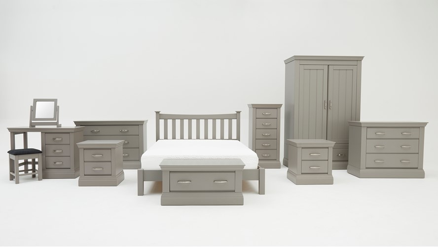 Fairfield Bedroom Package with Bed