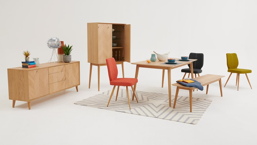 Laila Dining Table, Bench & 2 Hansen Chairs