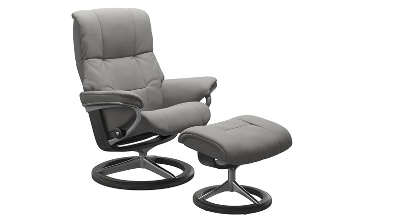 Large Stressless Mayfair Chair &  Stool - Signature base