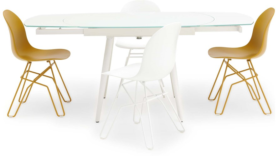 Mila Extending Dining Table & 4 Calligaris Academy Chairs