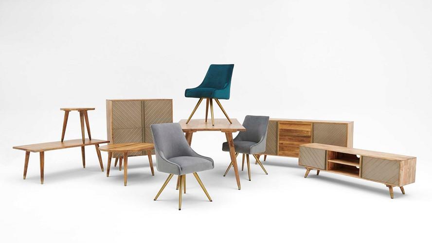 Pandora Dining Table & 4 Bailey Chairs