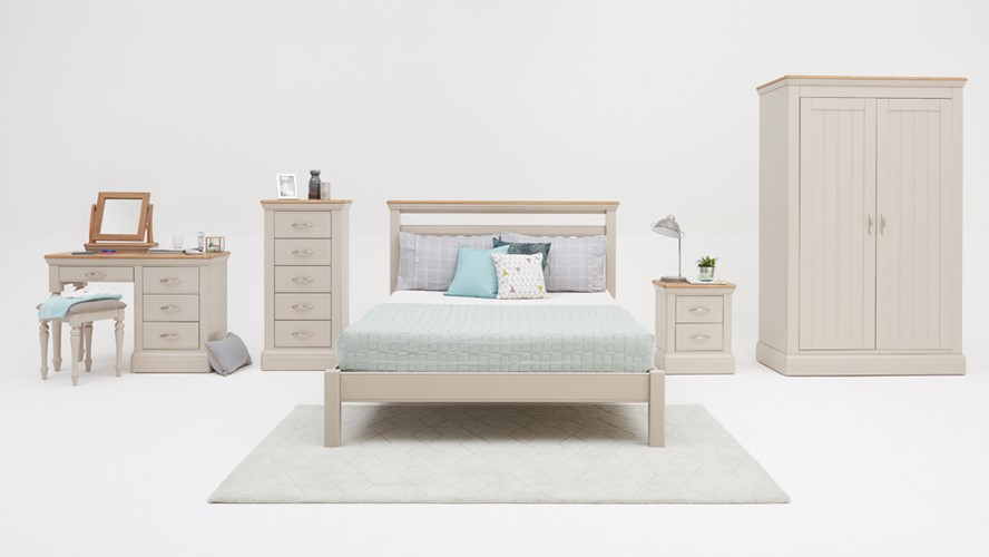 Portland Bedroom Package With Bed