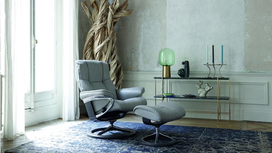 Stressless Mayfair Chair & Stool - Large